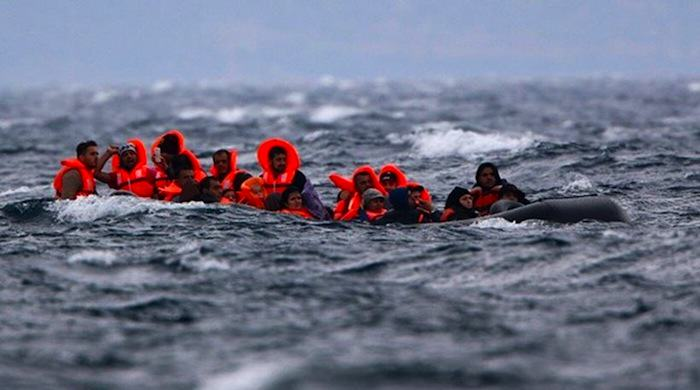 Syrian Refugee Swims For Seven Hours To Start New Life In Europe Samos migrands
