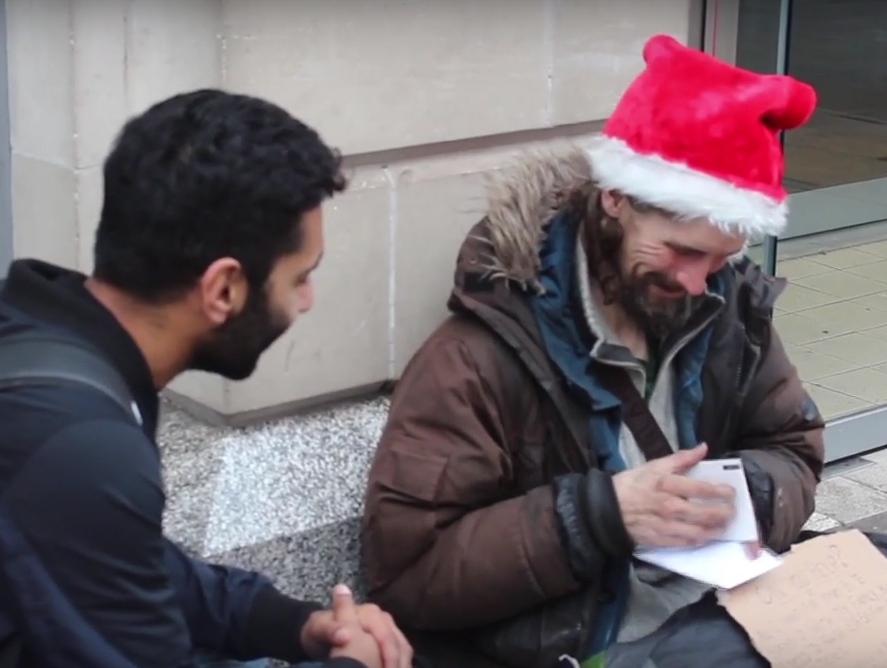 Muslim Man Nails Meaning Of Christmas As He Gives Gifts To Homeless People Screen Shot 2015 12 22 at 23.06.54 1