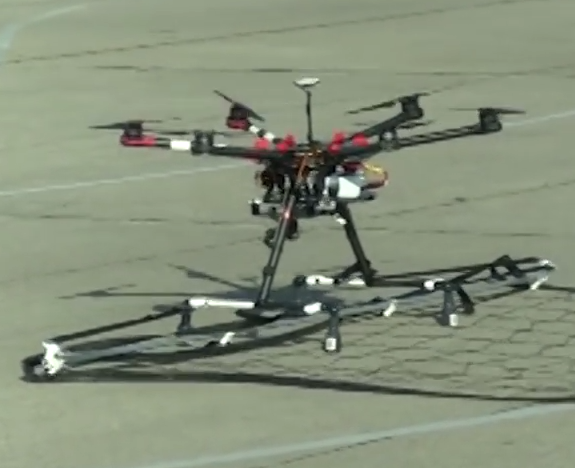 Tokyo Police Are Using Customised Drones To Catch Other Drones Screen Shot 2015 12 23 at 14.01.12