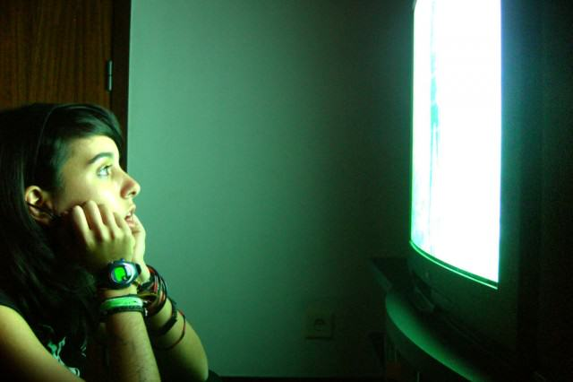 Netflix And Chill Could Be Making You Really Dumb, Apparently TV21 640x426
