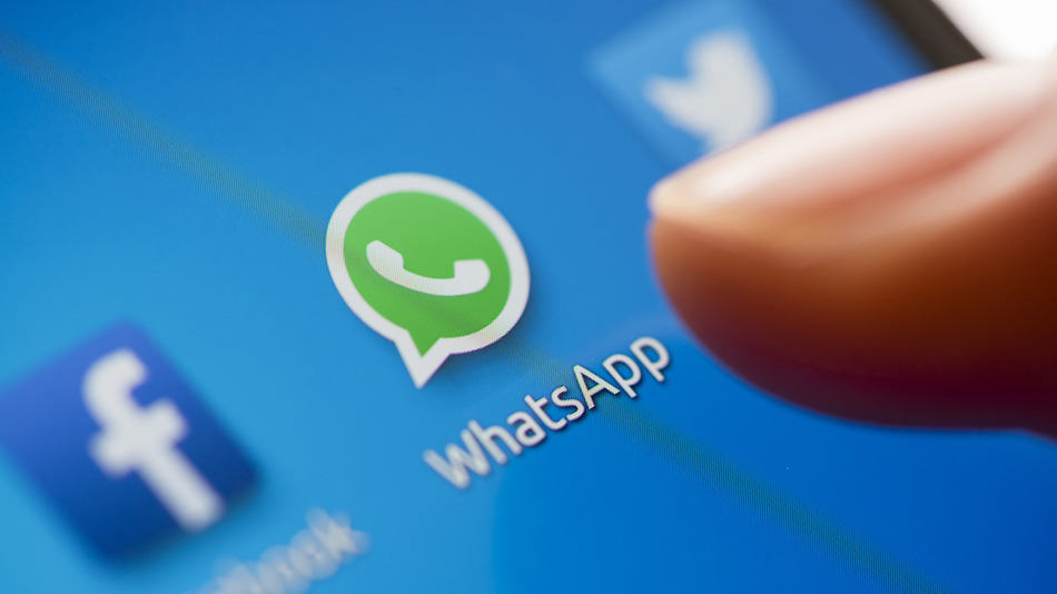 WhatsApp Goes Down Briefly, Users Freak The Fuck Out WhatsApp 1 3