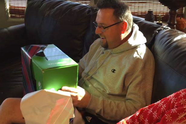 Son Plays Revenge Xbox Prank On Dad And Its Absolutely Brilliant X box surprise 4