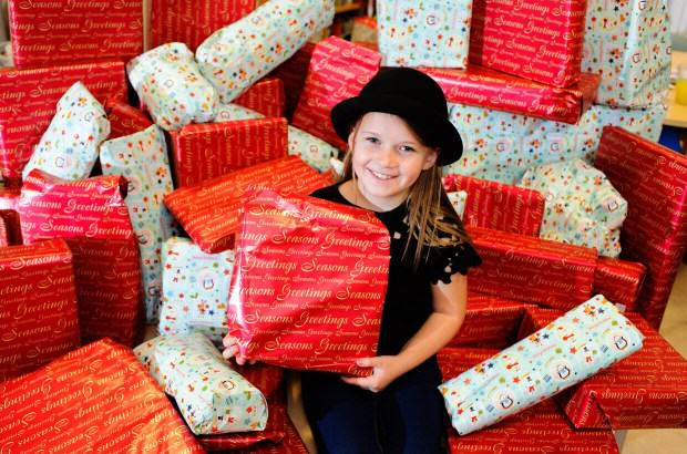 Generous Little Girl Spends Pocket Money On Christmas Presents For Sick Kids ad190819630pictured maisie e1450110192208