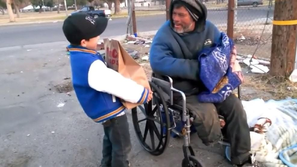 Amazing 6 Year Old Lad Gave Up His Christmas Presents To Help The Homeless alex help homeless 2