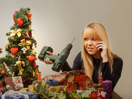 Psychologists Reveal Trick To Getting People The Perfect Christmas Present bad xmas 3