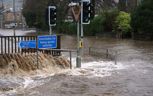 Bikers Are Patrolling In Flood Hit Yorkshire Towns To Scare Off Looters bikers6