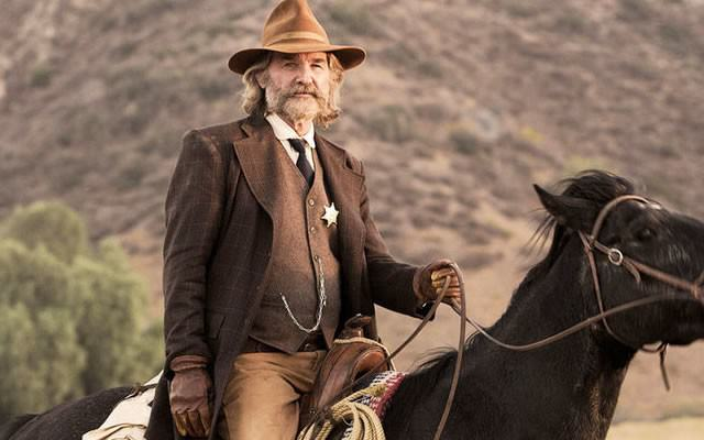 This Could Be The Most Brutal Death Scene In Any Of 2015s Films bone tomahawk kurt russell 680x400 640x400