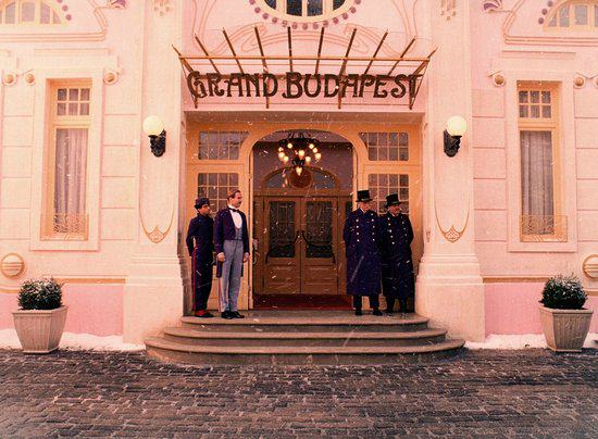 A Fictional Hotel Is Being Reviewed On TripAdvisor budapest5