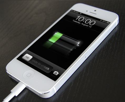 Engineer Reveals Four Simple Ways To Extend Your Phones Battery Life charging iphone 5s