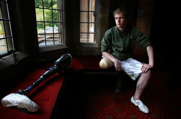 Soldier Who Lost Leg In Iraq Brilliantly Tackles Islamophobia In Facebook Post chris2