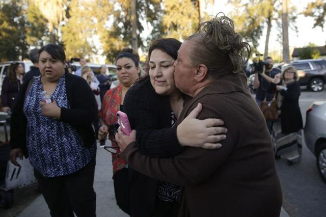 Senator Says Thoughts And Prayers For California Shooting Victims No Good cop71 640x426