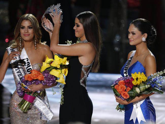 The Wrong Winner Gets Announced As Miss Universe 2015 %name