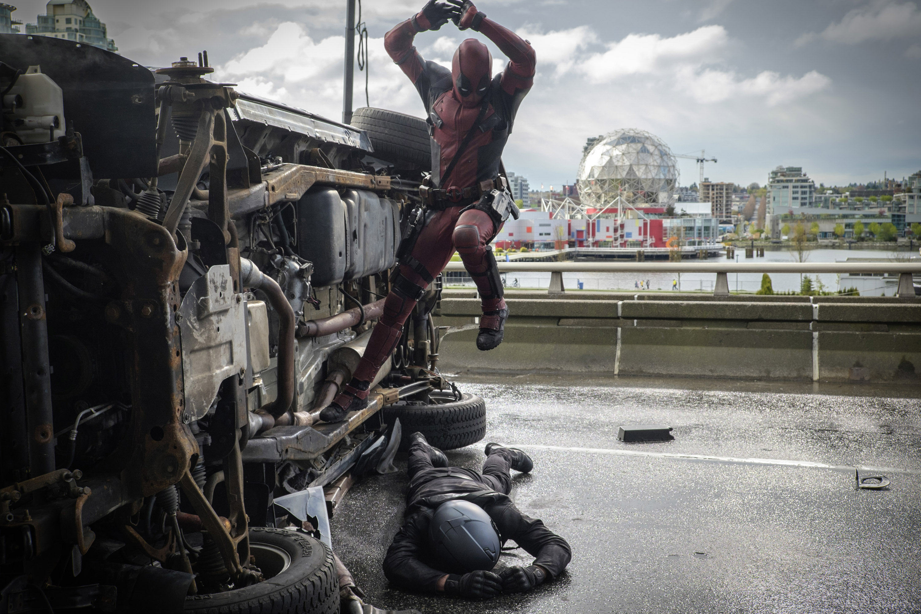 The New Deadpool Trailer Is Here, Its Epic deadpool2