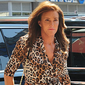 Caitlyn Jenner Apologises For Her Man In A Dress Comments jenner23