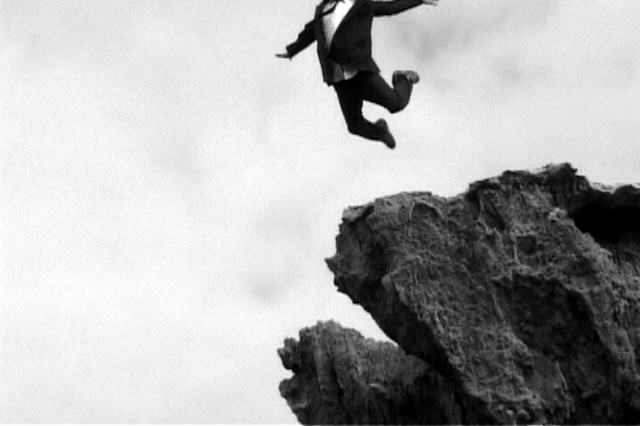 The Ten Worst Dares People Have Actually Done jumping1 640x426