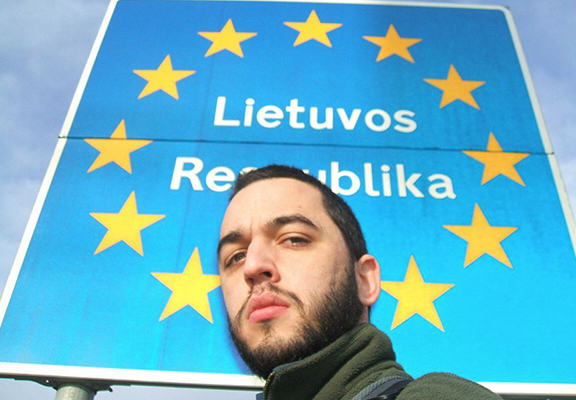 Heres How This Homeless Guy Visited Every European Capital For Free kris mole WEB 2