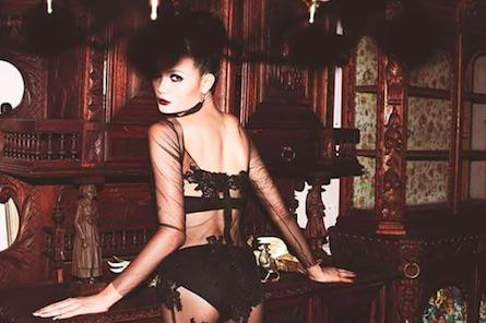 From Buddhist Monk To Thailands Top Lingerie Model, Meet Mimi Tao mimi2