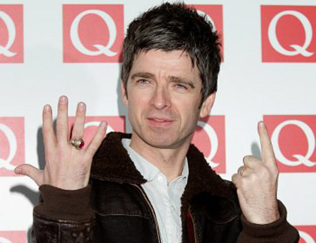 Oasis Reunion Hope As Liam Says Hes Seeing Noel For Christmas noel gallagher