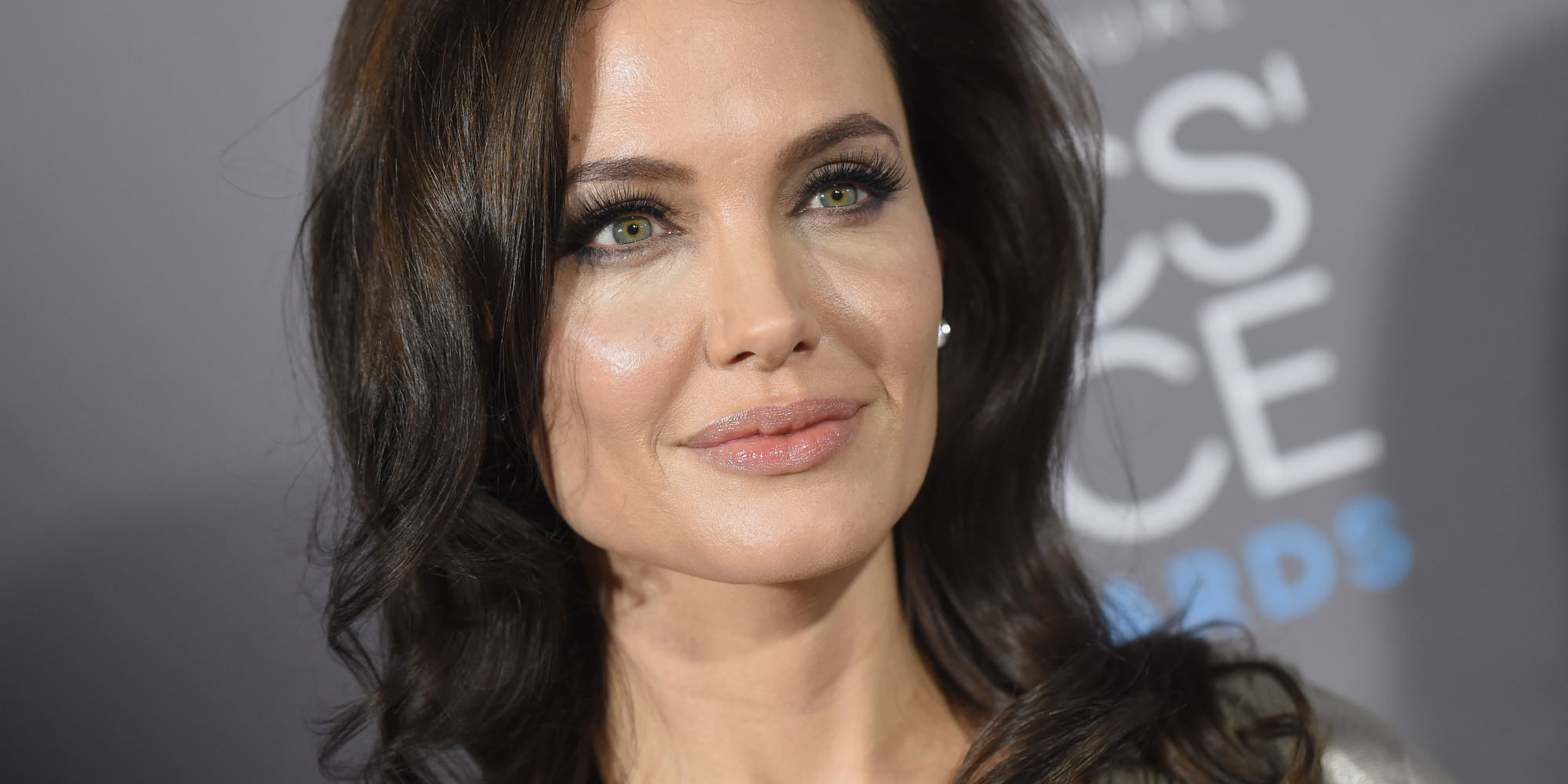 Seven Celebrities You Probably Didnt Know Battled Drug And Alcohol Addictions o ANGELINA JOLIE facebook