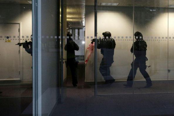 Police Training Video Shows What Paris Style Attack On UK Could Look Like police training 2