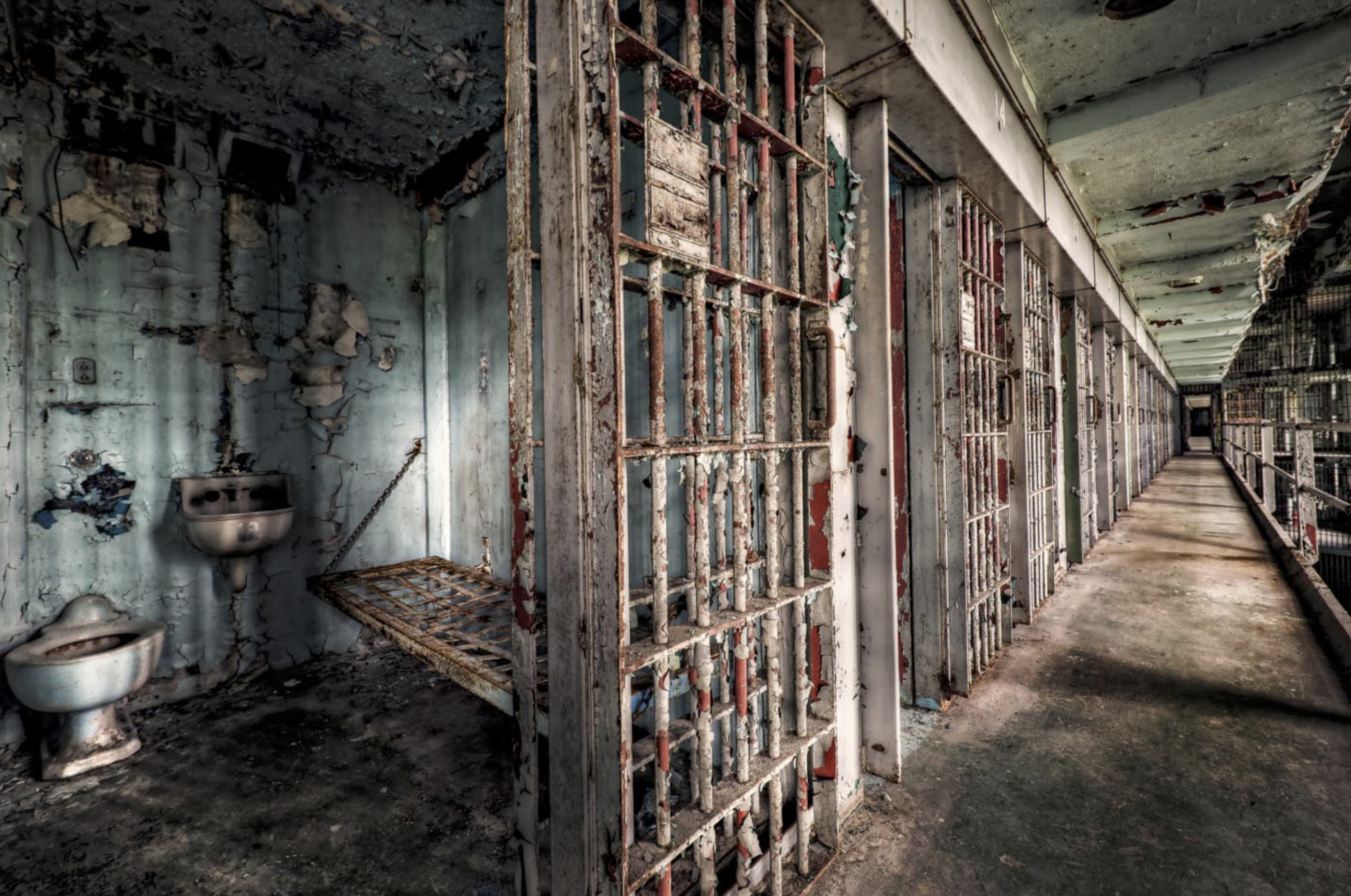 This Abandoned Prison Has Been Opened To Tourists And Its Creepy AF prison16