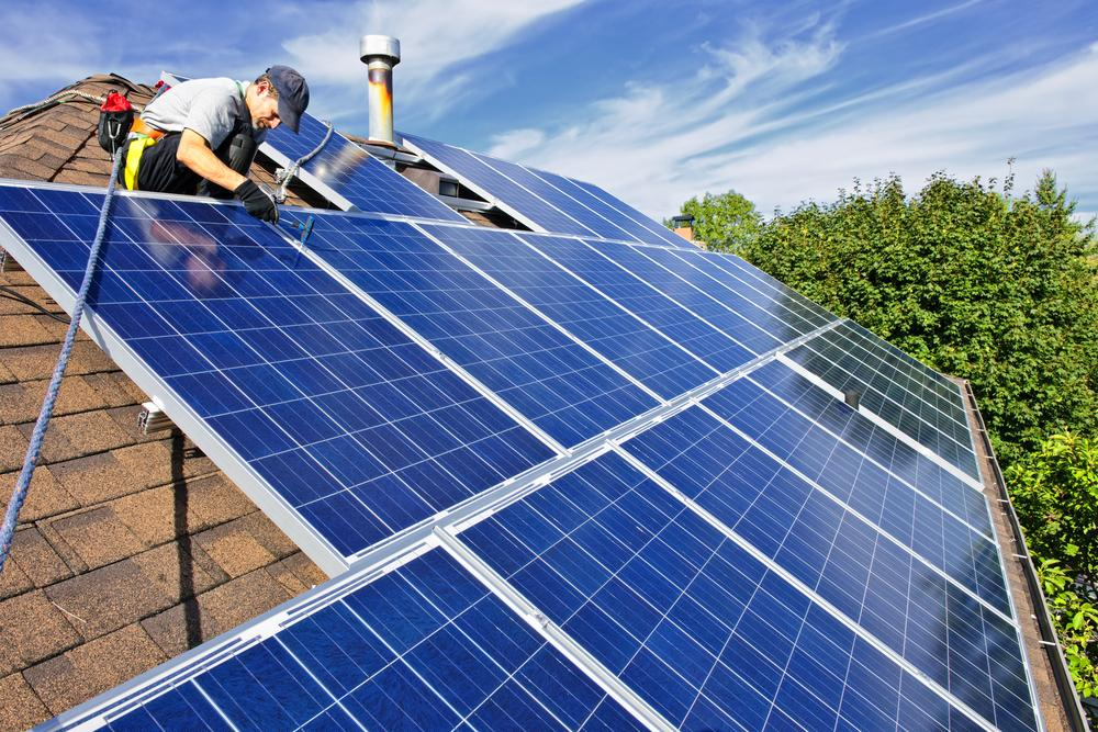 Seven Shitty Things The Government Sneaked Through While We Werent Watching solar panels on roof