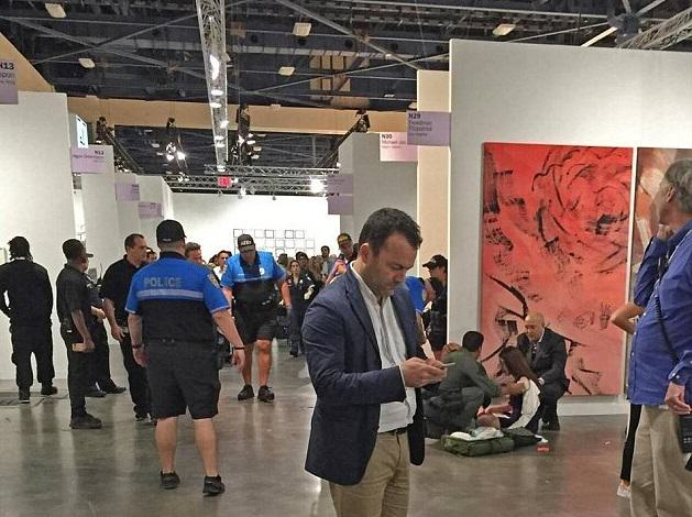 Woman Stabbed At Art Exhibit, Witnesses Think Its Performance Art stabbing 2