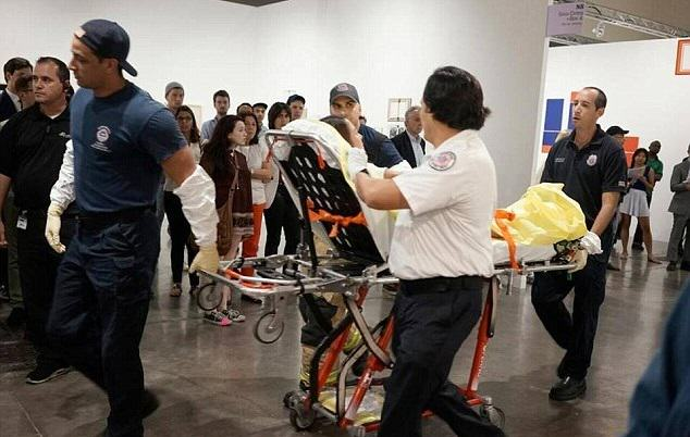 Woman Stabbed At Art Exhibit, Witnesses Think Its Performance Art stabbing 3