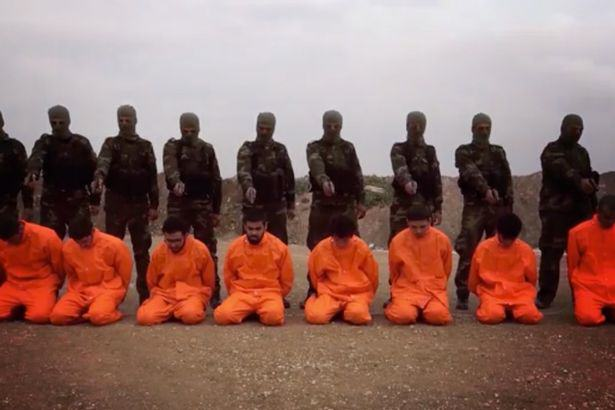 Syrian Rebels Hold ISIS Fighters At Gunpoint But This Is No Ordinary Execution Video syrian execution video 1
