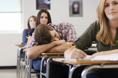 Heres Why US Schools Are Now Starting Later And It Makes So Much Sense tired2