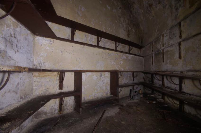 Chilling Footage Reveals Eerie Hidden Labyrinth Beneath UK City Streets tunnels6 1