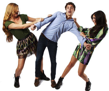 two-girls-fighting-over-a-guy