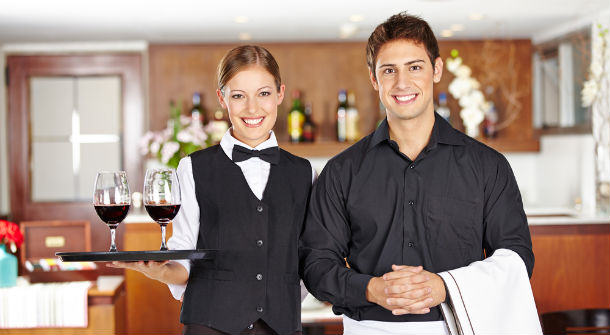 Waiters Reveal The Most Awkward Dates Theyve Witnessed waiters