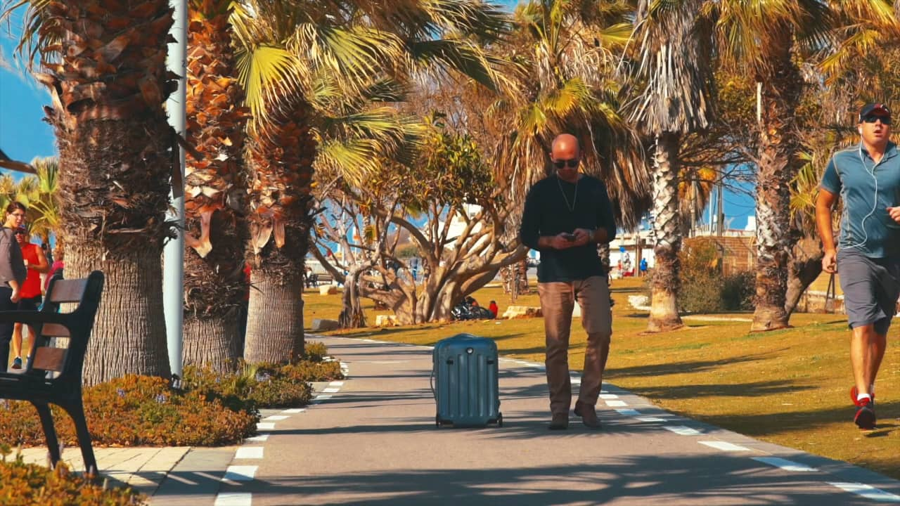 This Amazing Robotic Suitcase That Follows You Around Is A Game Changer 548580322