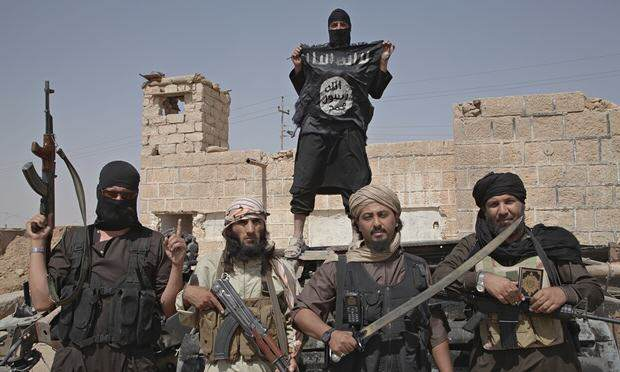 ISIS Militant Publicly Executes Own Mother For Ridiculous Reason Isis fighters on the bord 007