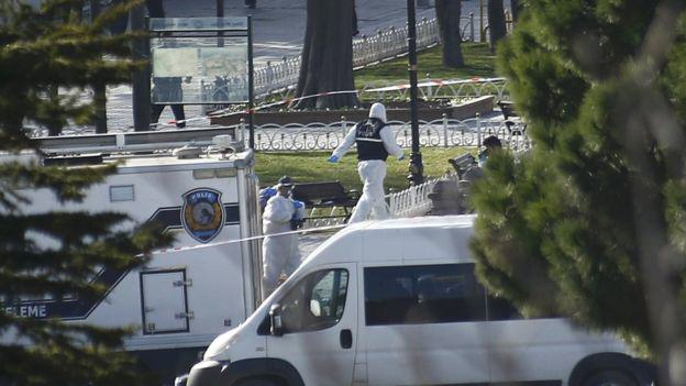 Islamic State Suicide Bomber Kills 10 In Istanbul Attack Istanbul bomb 2
