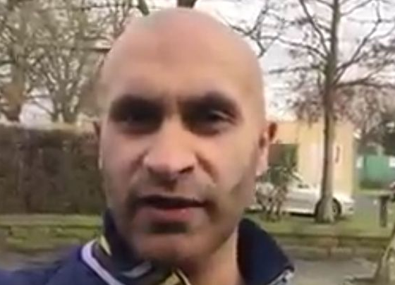 Asian Man Has Hilarious Response To EDL Claims His Neighbourhood Is No Go Zone Screen Shot 2016 01 18 at 14.36.06