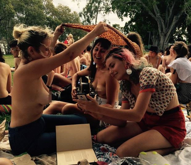 Topless Women Attend Free The Nipple Picnic, Trolls Try To Ruin The Event ad193423674free the nipple e1453031414917 1