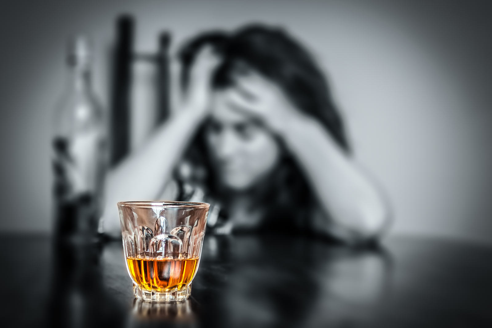Girl Shares Shocking Photo To Warn About The Dangers Of Alcohol bigstock Alcohol addiction Portrait o 45287758