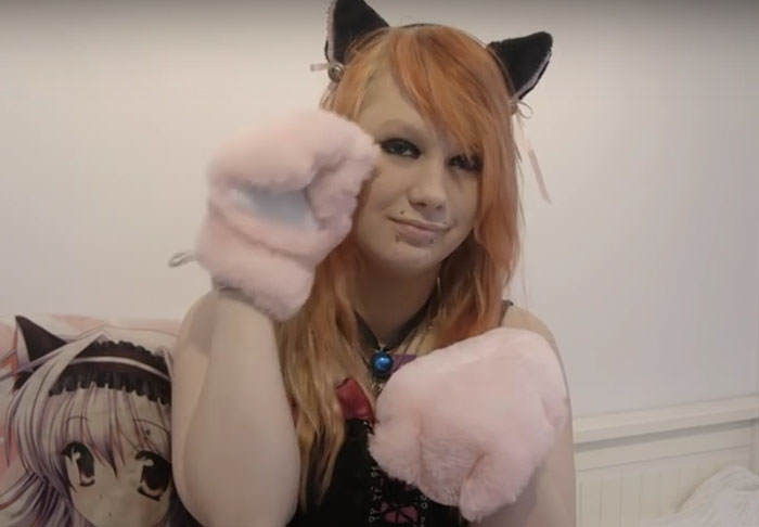 Meet The Woman Who Says Shes A Cat Trapped In The Wrong Body cat1 1