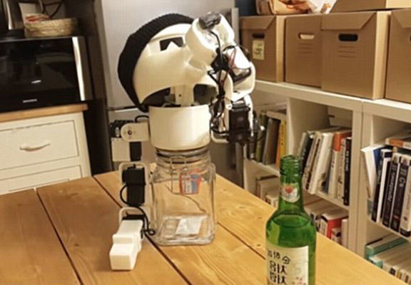 If Youre Lonely You Can Now Get Drunk With This Shot Downing Robot drinky robot WEB