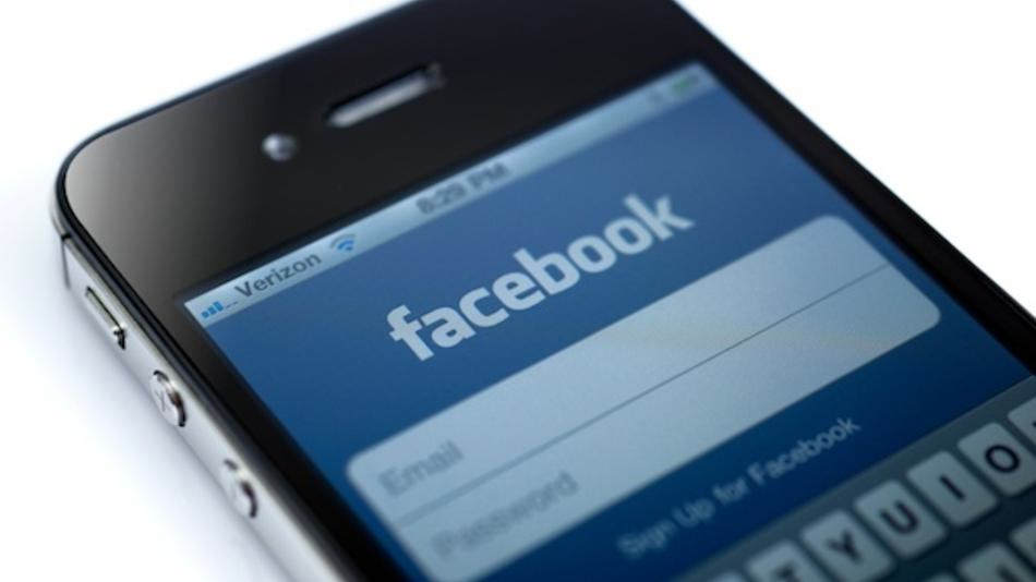 Facebook Bosses Claim Theres A Simple Way We Can Stop ISIS Online facebook3