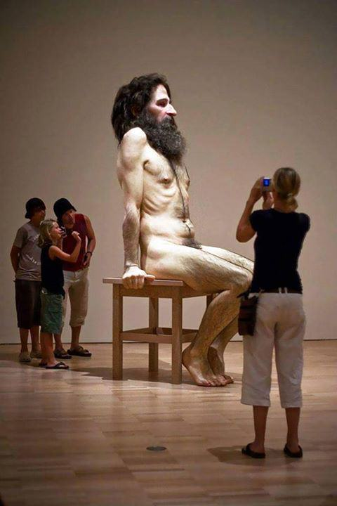 These Giant Human Like Sculptures Are F*cking Mindblowing giant 1