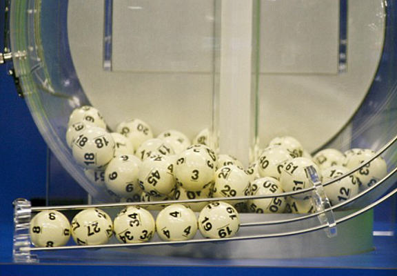 Syrian Refugee Wins Massive Jackpot On The French Lottery lottery winner WEB 2