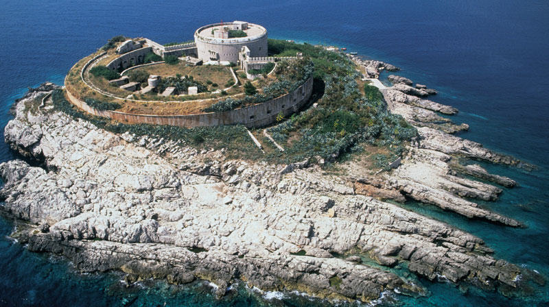 A WWII Concentration Camp Will Be Turned Into A Luxury Beach Resort mamula 1