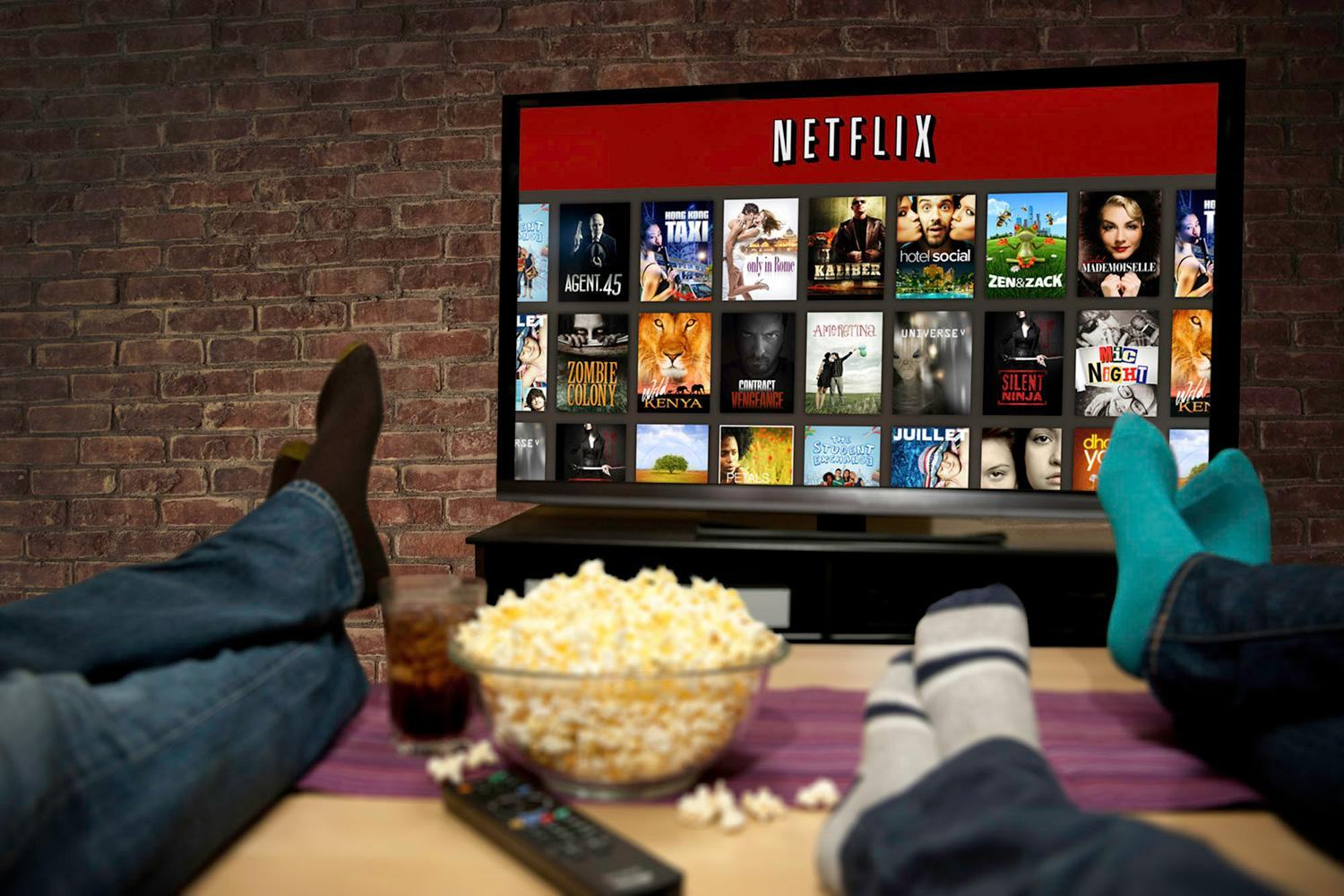 It Looks Like Bad News For People Streaming Foreign Netflix netflix100