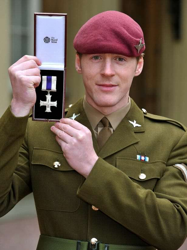 Guy Pretended He Was Soldier With This Terrible Photoshopped Photo Lance Corporal Alfie Pope