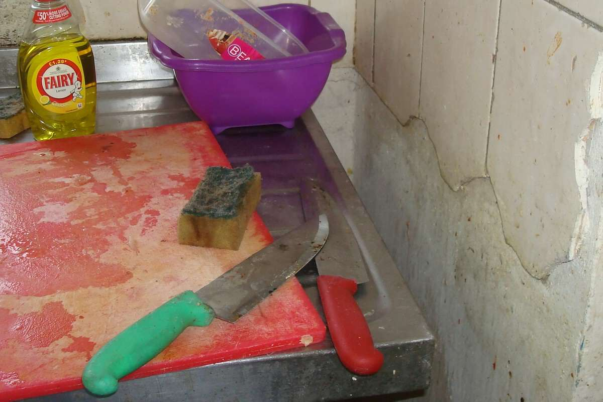 Fried Chicken Shop Closes After Human Poo Found Smeared On Walls NTI CHICKEN SHOP FILTH 03 3 1200x800