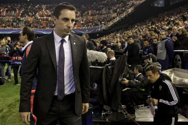 Sky Really Is The Limit For Gary Neville Neville Crowd 640x426