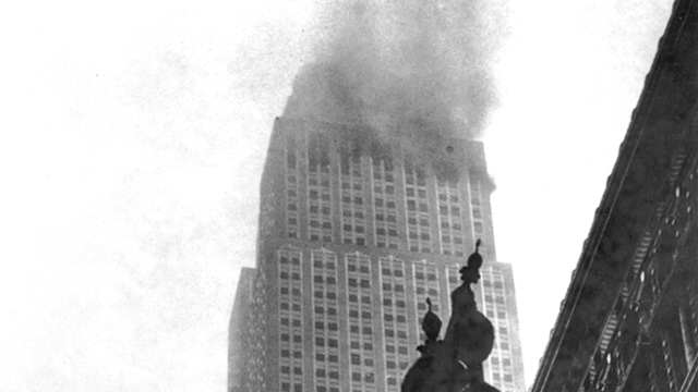 Not Many People Know A Bomber Once Crashed Into Empire State Building POD 072811 EmpirePlane merl